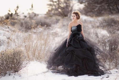 13 brides who totally killed it in black wedding dresses