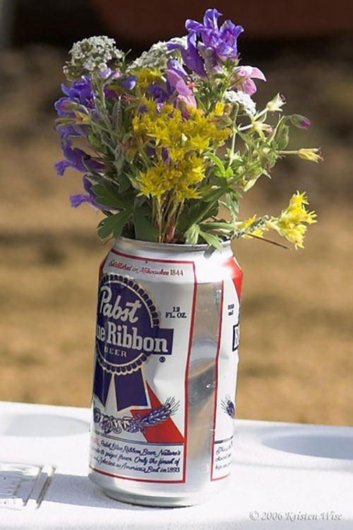 D i why 9 horrible wedding centerpieces to avoid bridalville 1 the pabst piece junglespirit Gallery